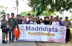 Seluruh peserta melakukan foto bareng setelah aksi selesai